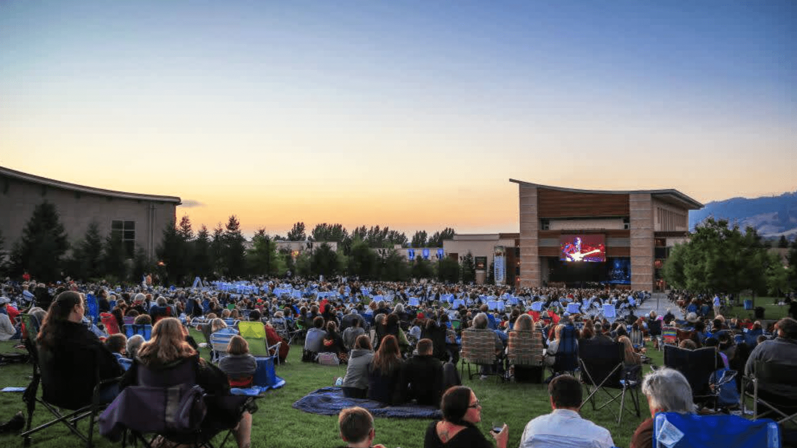 wine-country-things-to-do-august-summer-at-the-green-800x450